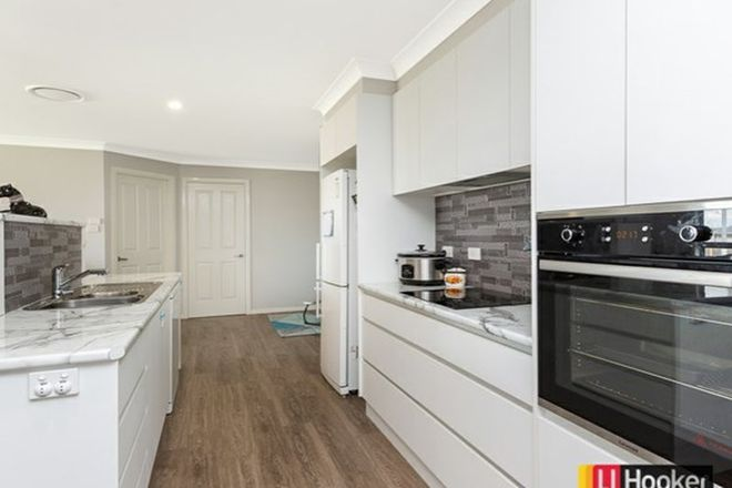 Picture of 15 Barber Street, KOOTINGAL NSW 2352