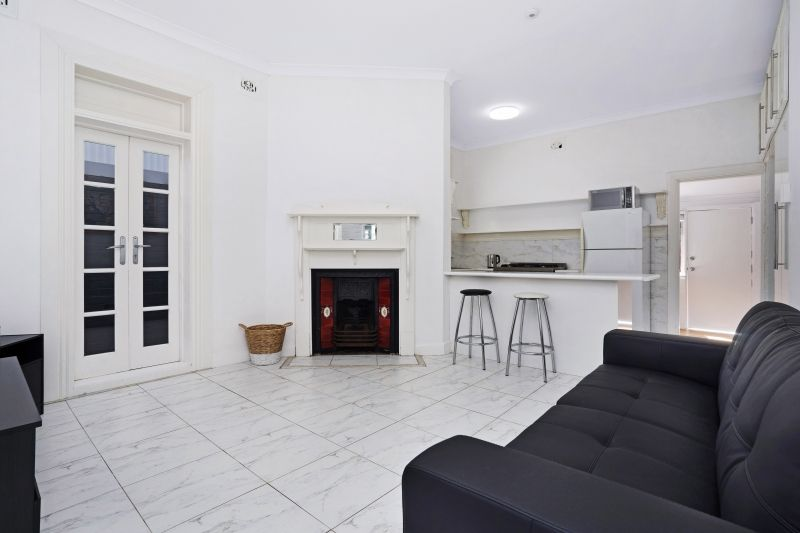 Room 1/5 Stewart Avenue, Hamilton East NSW 2303, Image 1