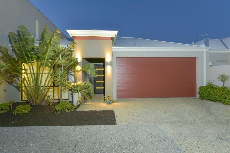 2/2 Dana Way, Madeley WA 6065, Image 0