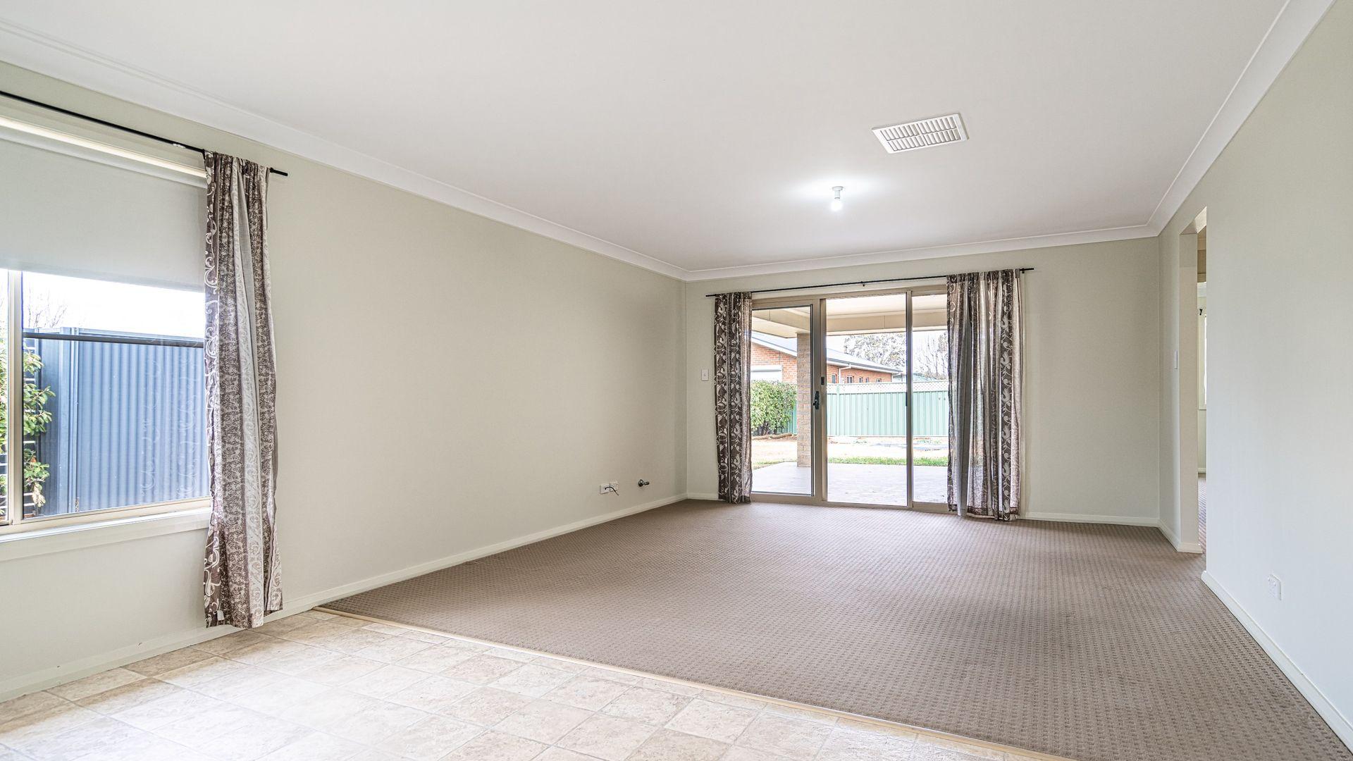 19 Torvean Avenue, Dubbo NSW 2830, Image 1