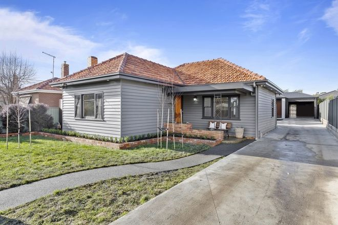 Picture of 22 Water Street, BROWN HILL VIC 3350
