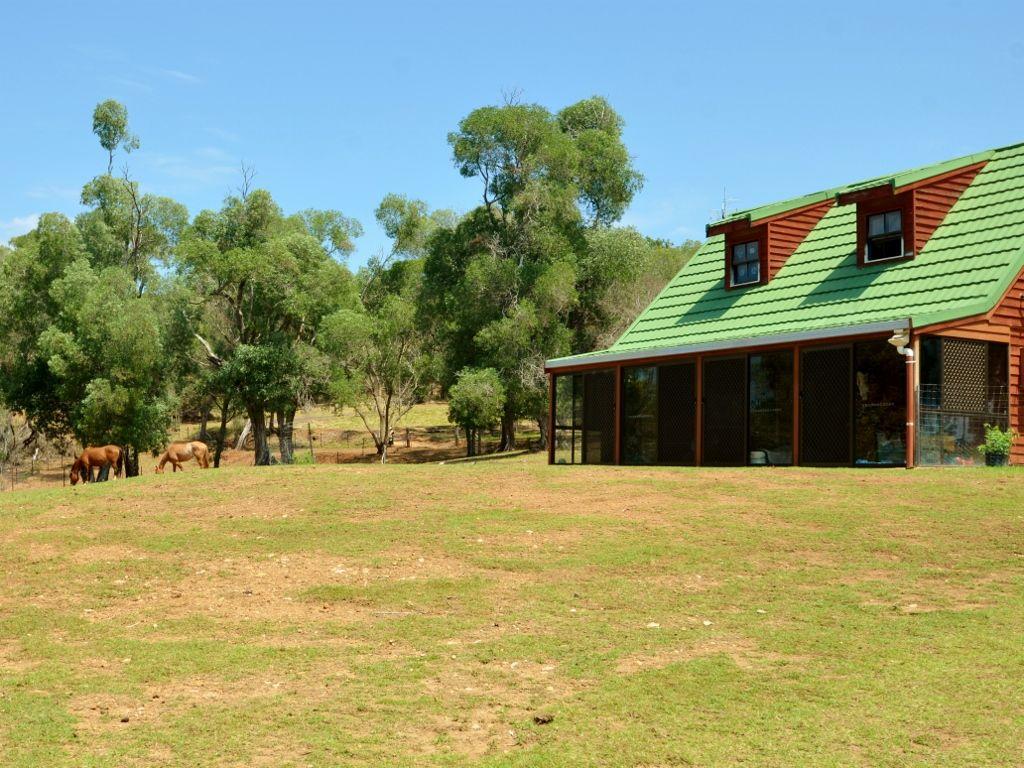 31 Lowry Road, Nanango QLD 4615, Image 0