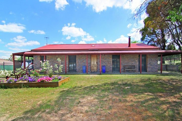1 Forster Avenue, Armidale NSW 2350, Image 0