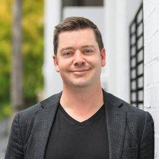 Andrew Mckinnon, Sales representative