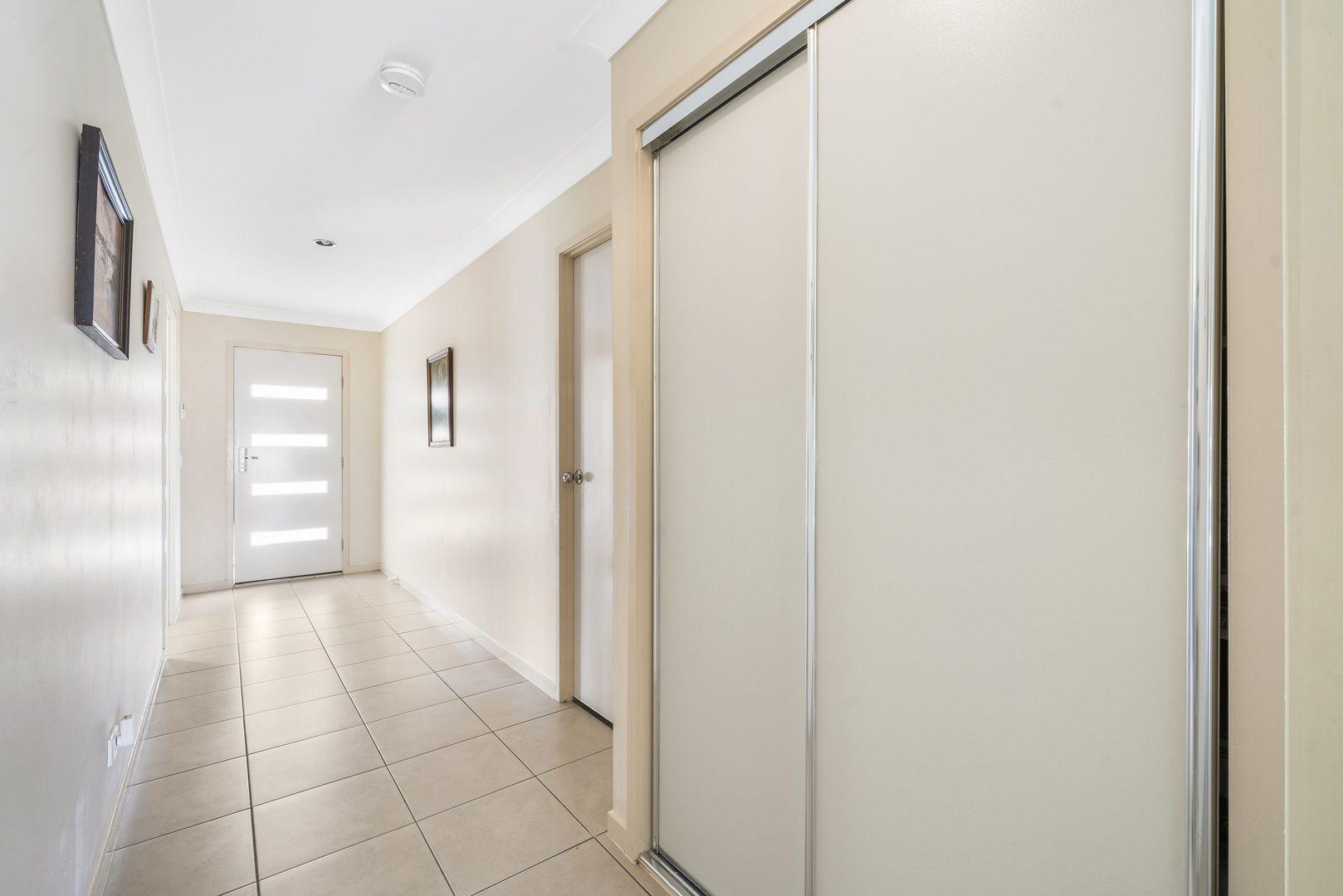 9 Lynne Court, Oakey QLD 4401, Image 1