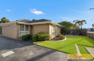 Picture of 1/2 Evelyne Avenue, Cranbourne VIC 3977