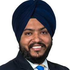 Harry Singh, Property consultant  L.E.A  Auctioneer