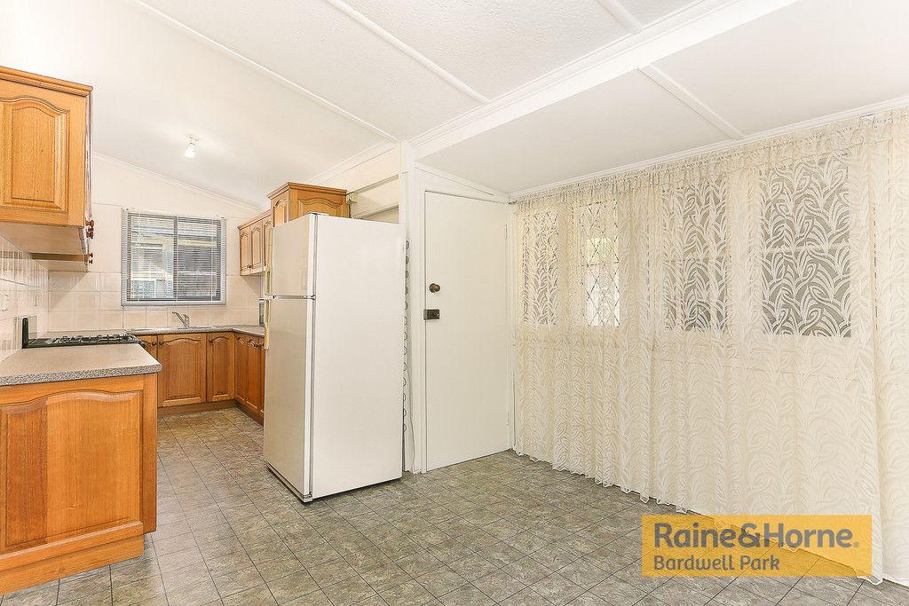 23 Cooks Avenue, Canterbury NSW 2193, Image 2