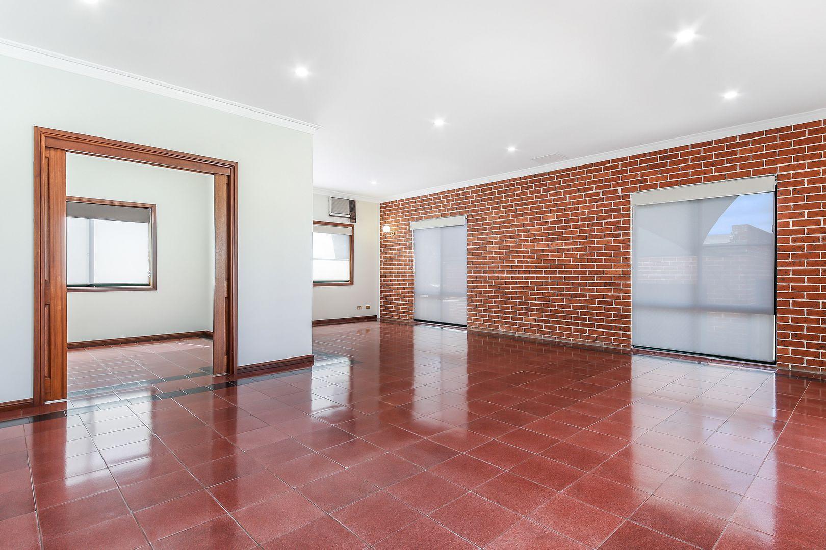 13 Haig Avenue, Georges Hall NSW 2198, Image 2