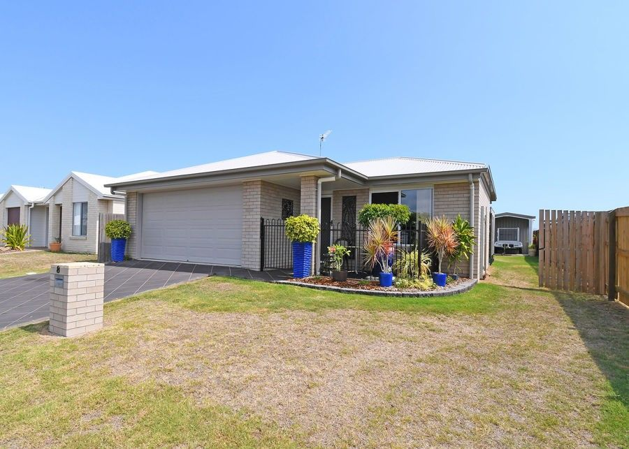 8 Samphire Street, Eli Waters QLD 4655, Image 0