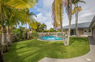 Picture of 24 Dunkeith Avenue, Benowa QLD 4217