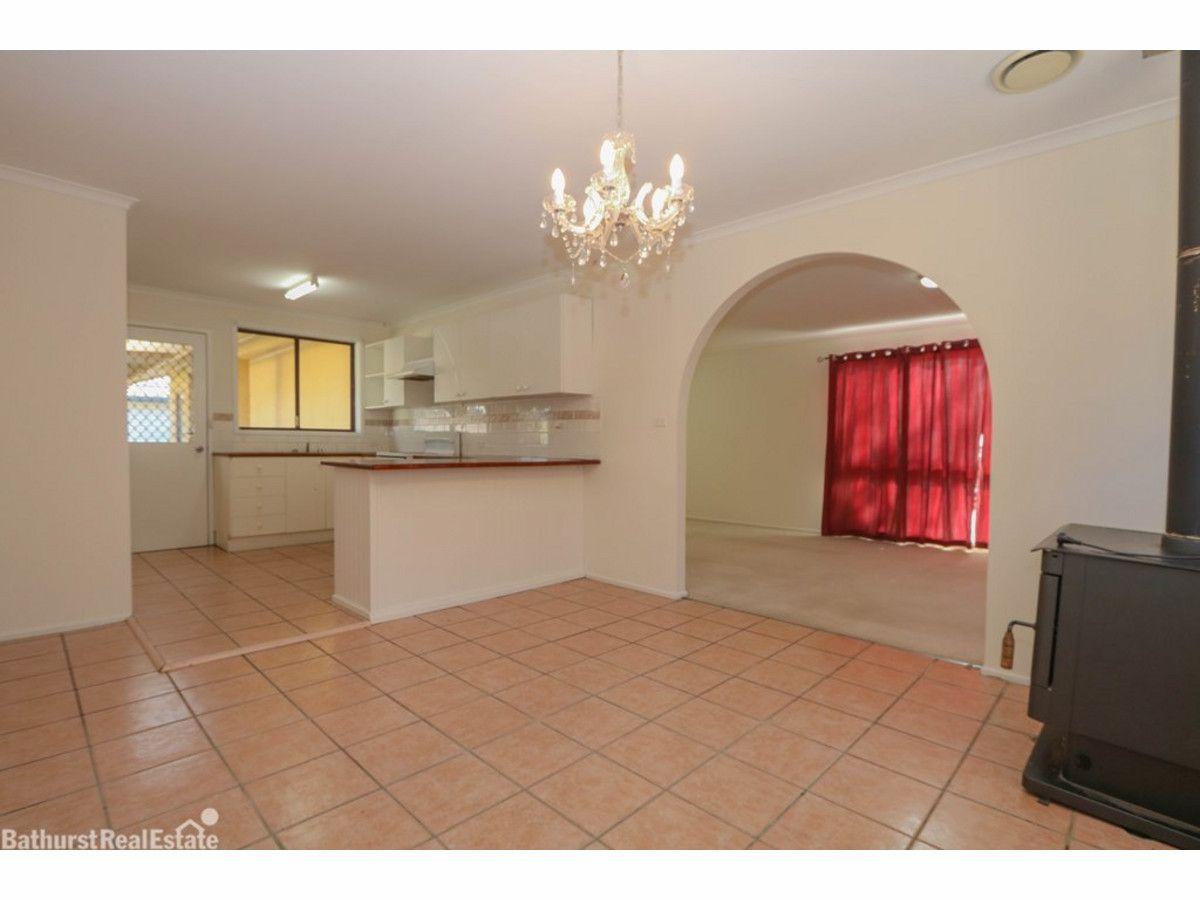 21 Logan Street, Eglinton NSW 2795, Image 2