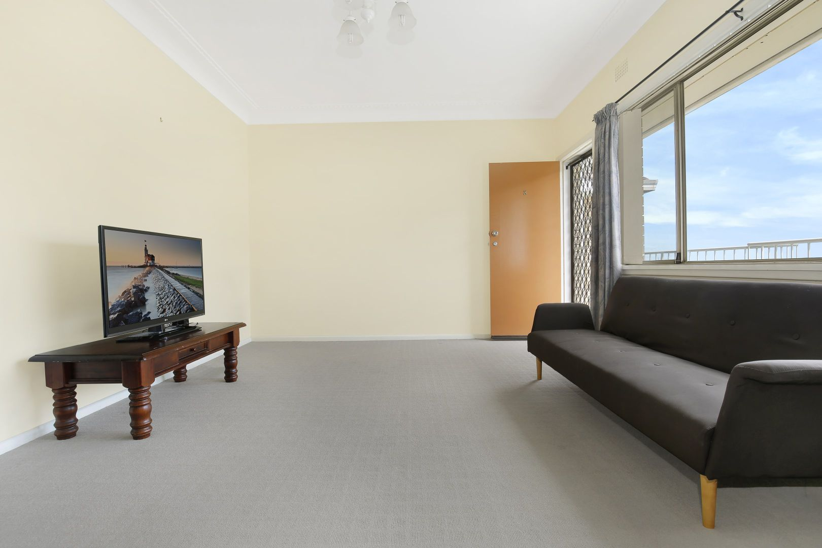 3/24A McKenzie Avenue, Wollongong NSW 2500, Image 2