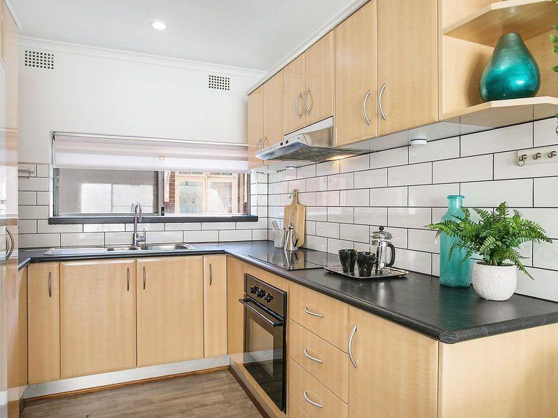 2/80 Burfitt Street, Leichhardt NSW 2040, Image 2