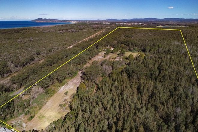Picture of 611 The Lakes Way, DARAWANK NSW 2428