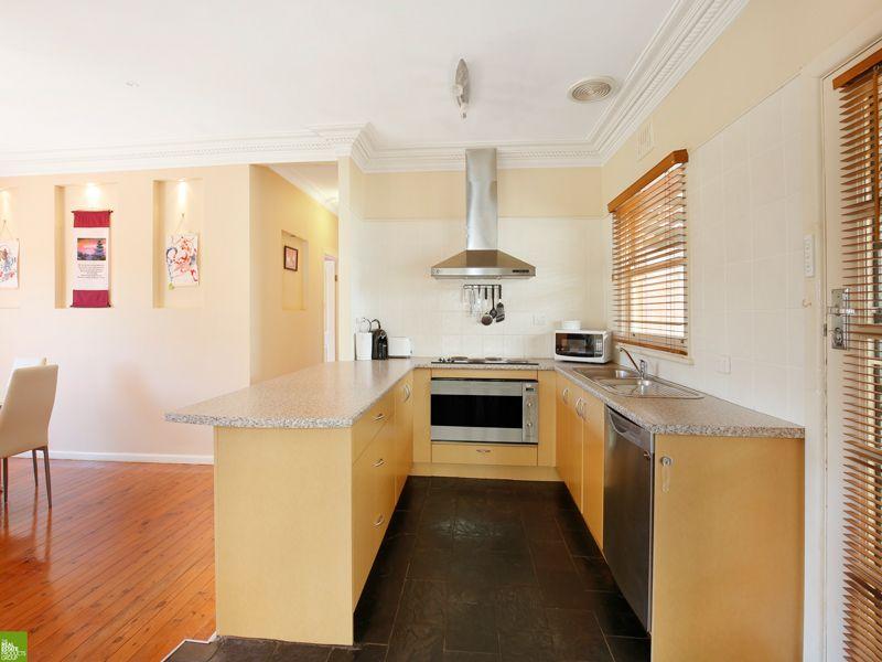 13 Euroka Street, West Wollongong NSW 2500, Image 1