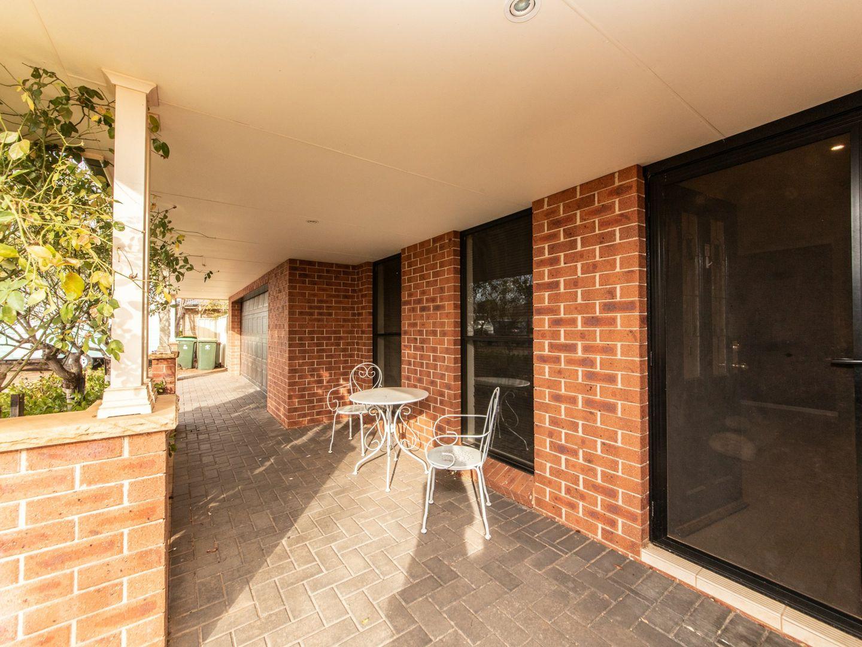 10 Sunvale Avenue, Dubbo NSW 2830, Image 1
