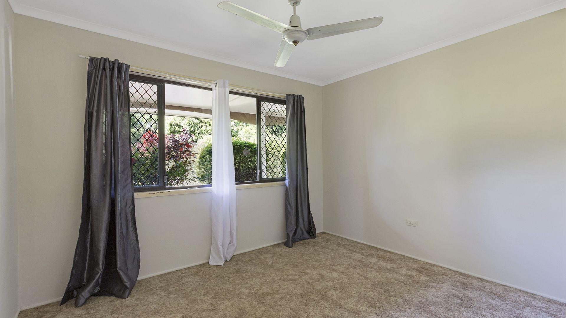 12 Valantine Road, Birkdale QLD 4159, Image 2
