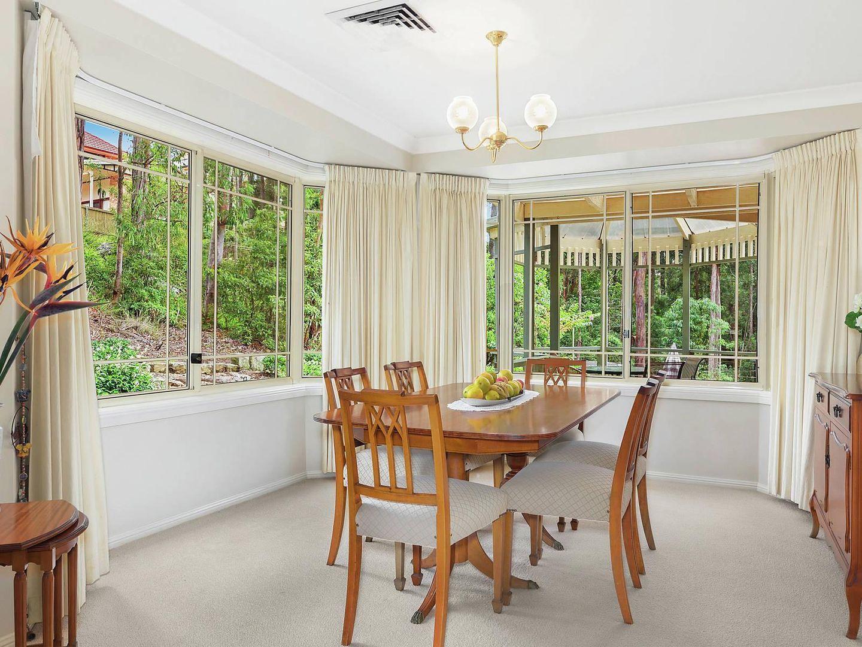 4 Mungarra Place, West Pennant Hills NSW 2125, Image 2