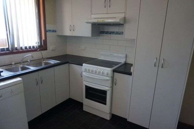 10 Kent Street, Raymond Terrace NSW 2324, Image 2