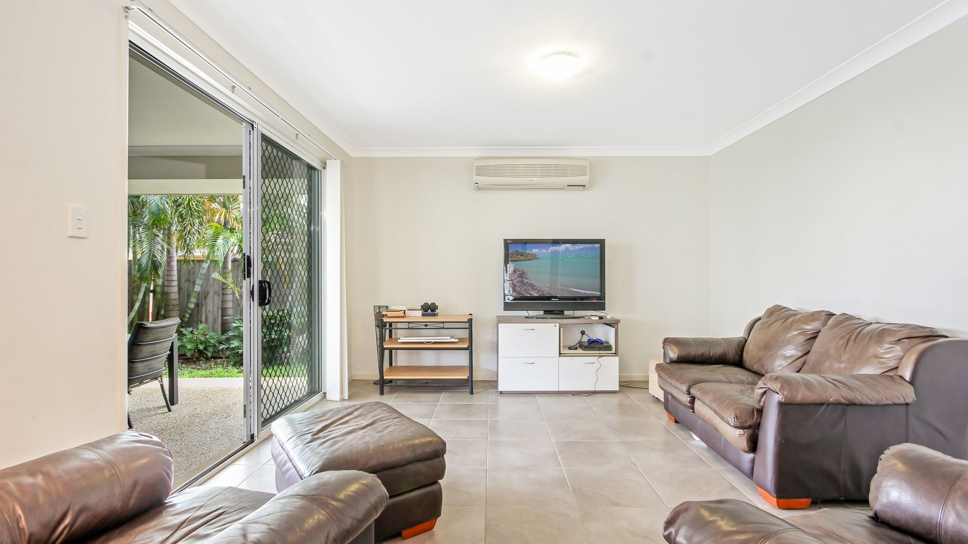 9 Parklane Road, Victoria Point QLD 4165, Image 2