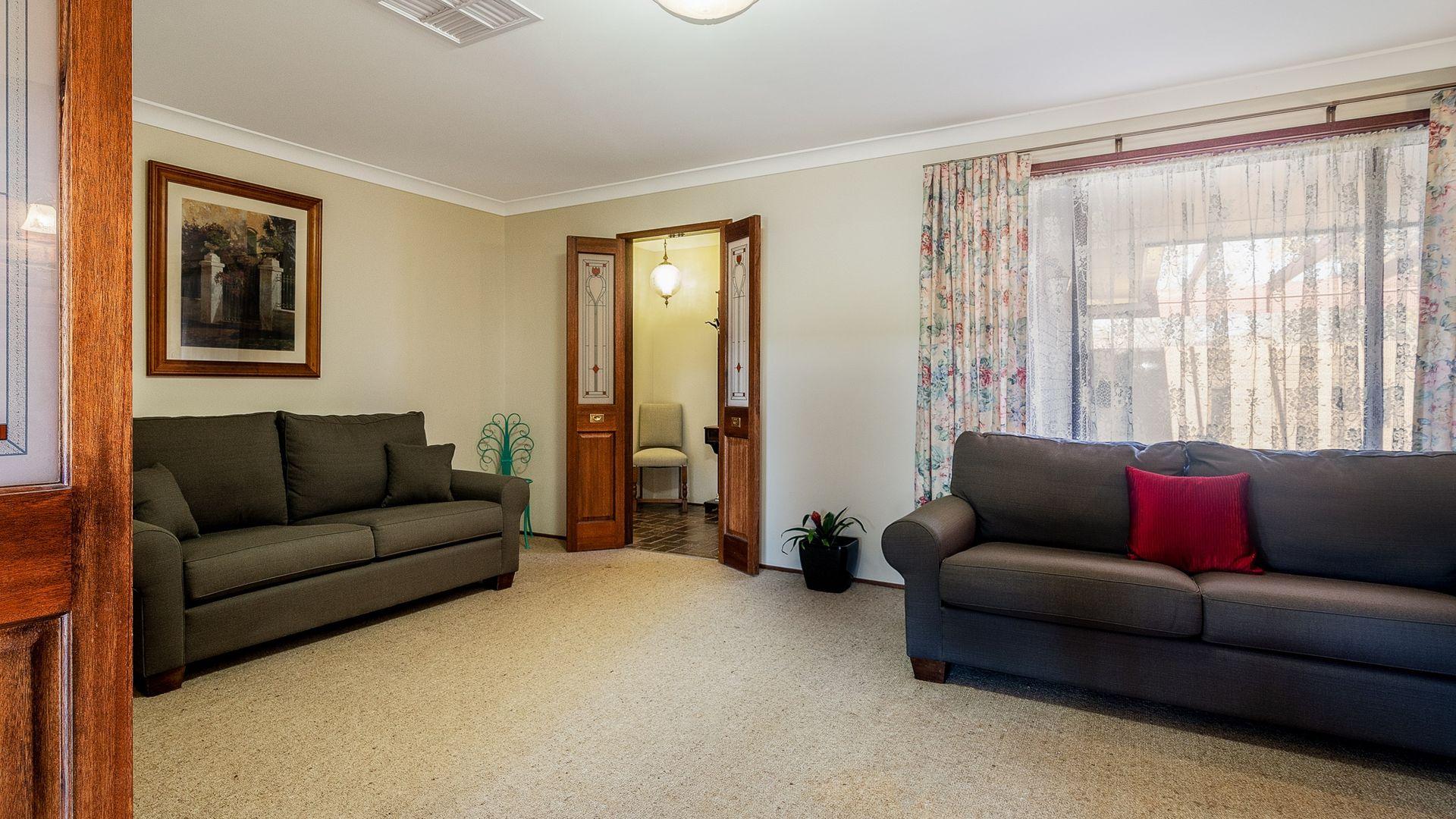 44 Sovereign Street, Dubbo NSW 2830, Image 2