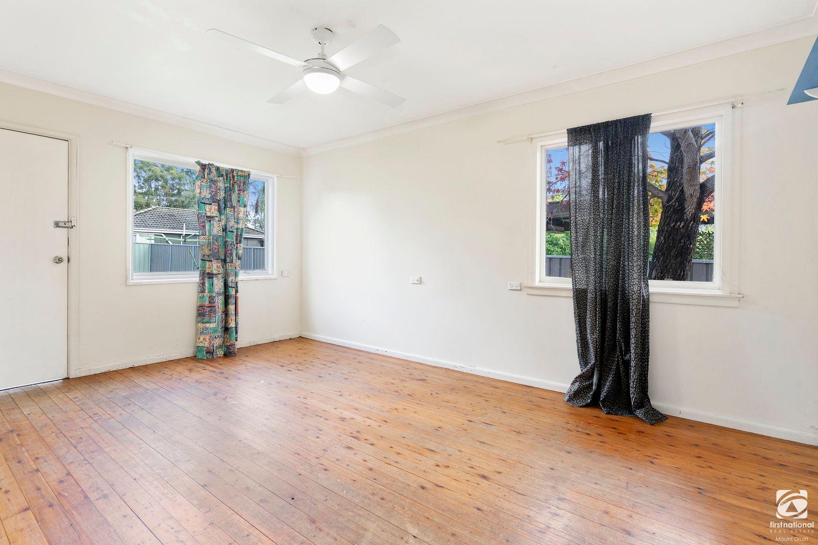 48 Mariana Crescent, Lethbridge Park NSW 2770, Image 1