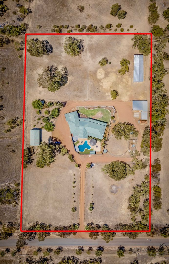 13 Forrester Road, Moresby WA 6530, Image 2