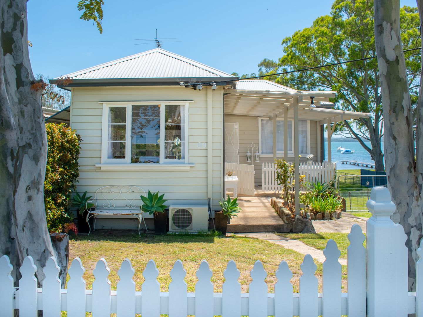 89 Grand Parade, Bonnells Bay NSW 2264, Image 1