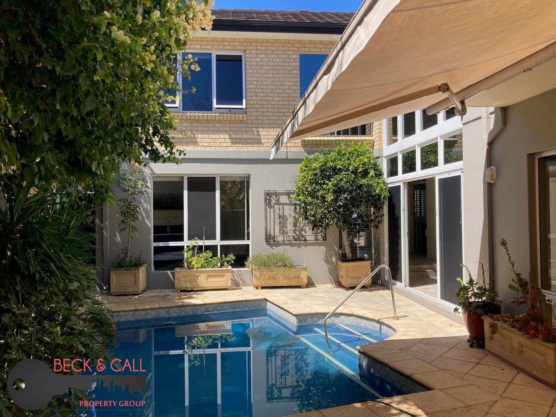 4 bedrooms House in 28a Lilian Avenue APPLECROSS WA, 6153