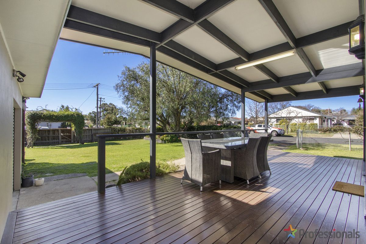 198 Chapel Street, Armidale NSW 2350, Image 1
