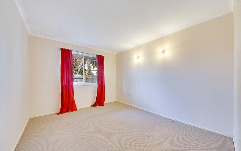2/103 Hartley Street, Zilzie QLD 4710, Image 2