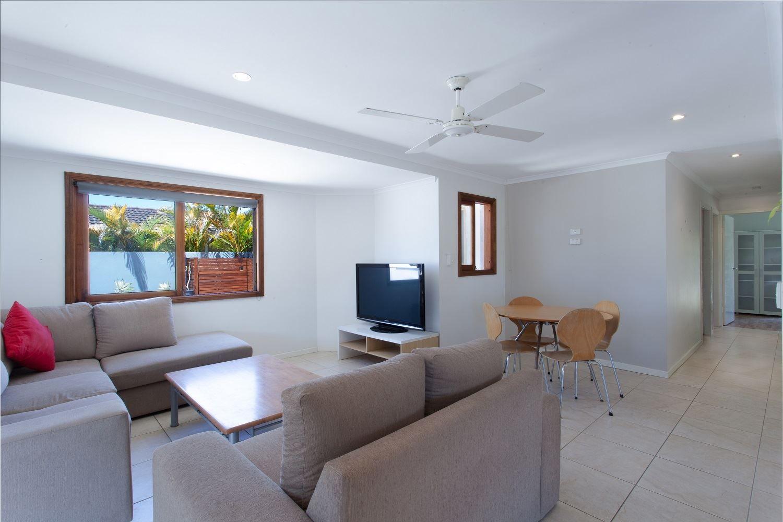 21 Surf Road, Alexandra Headland QLD 4572, Image 1