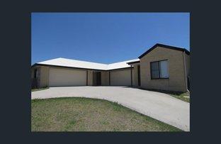 1 and 2/12 Bridgeman Place, New Auckland QLD 4680