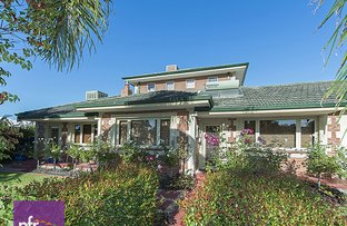 Picture of 2 Alvah Street, St James WA 6102