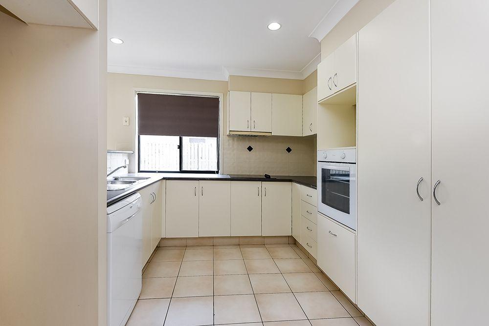 6 Stockwellia Street, Meadowbrook QLD 4131, Image 1