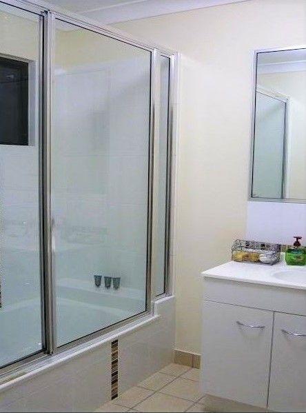 44 Blue Wren Drive, Kelso QLD 4815, Image 2