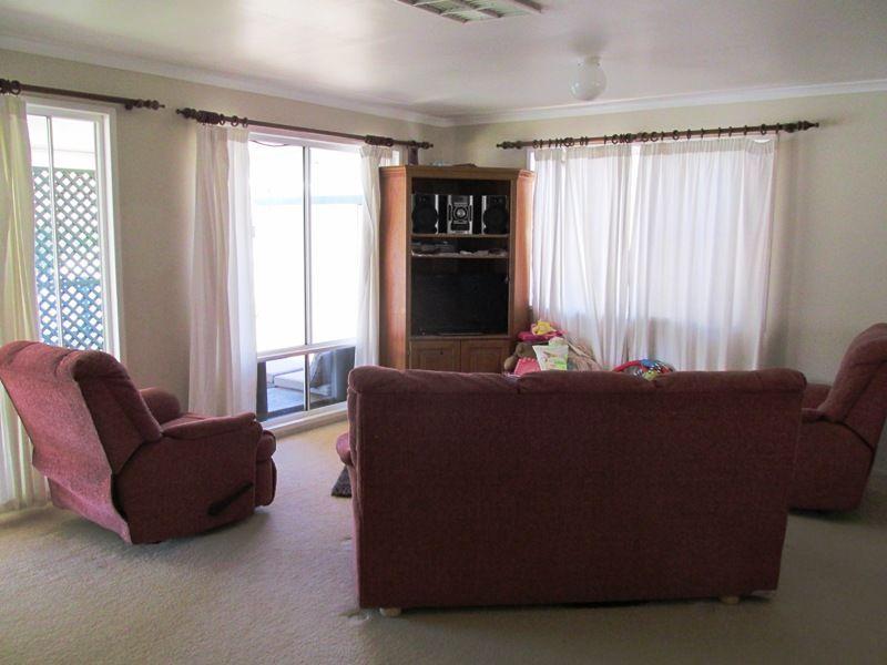 50 Cassowary Street, Longreach QLD 4730, Image 1
