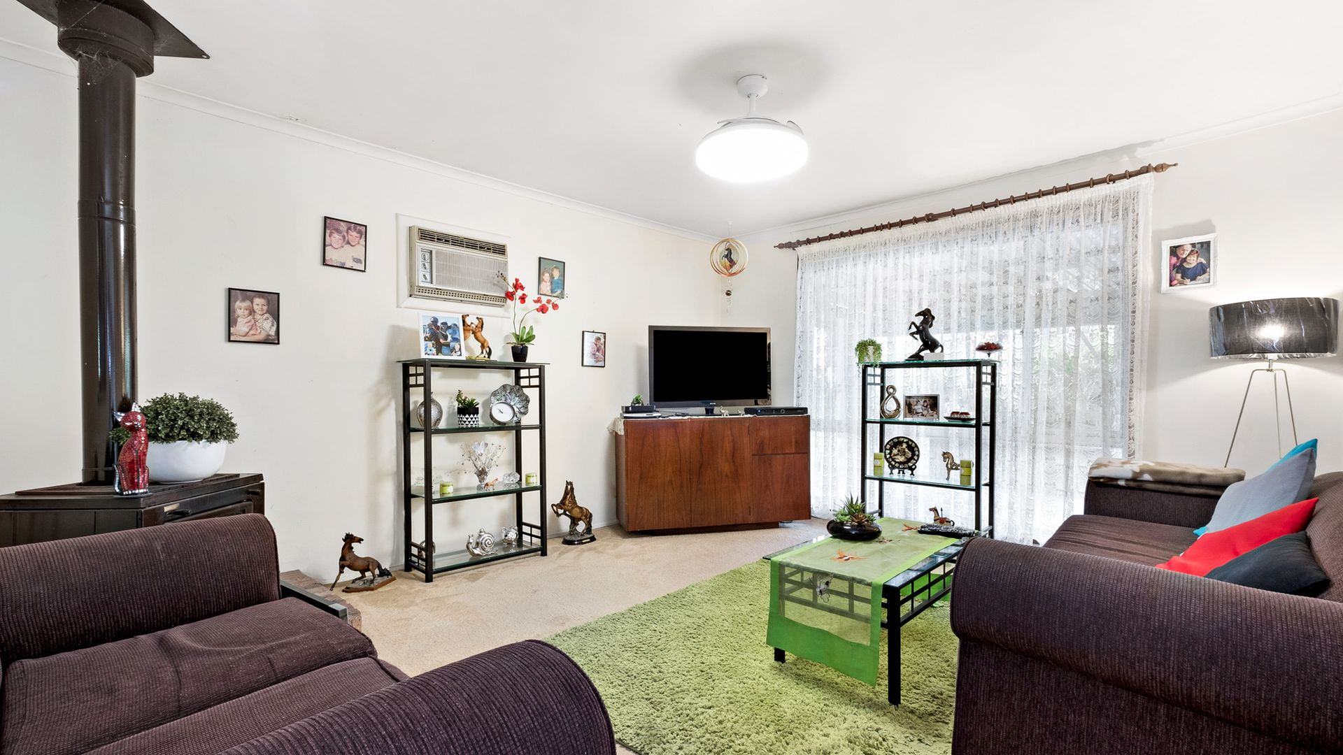 4 Amsdale  Avenue, Macquarie Hills NSW 2285, Image 1