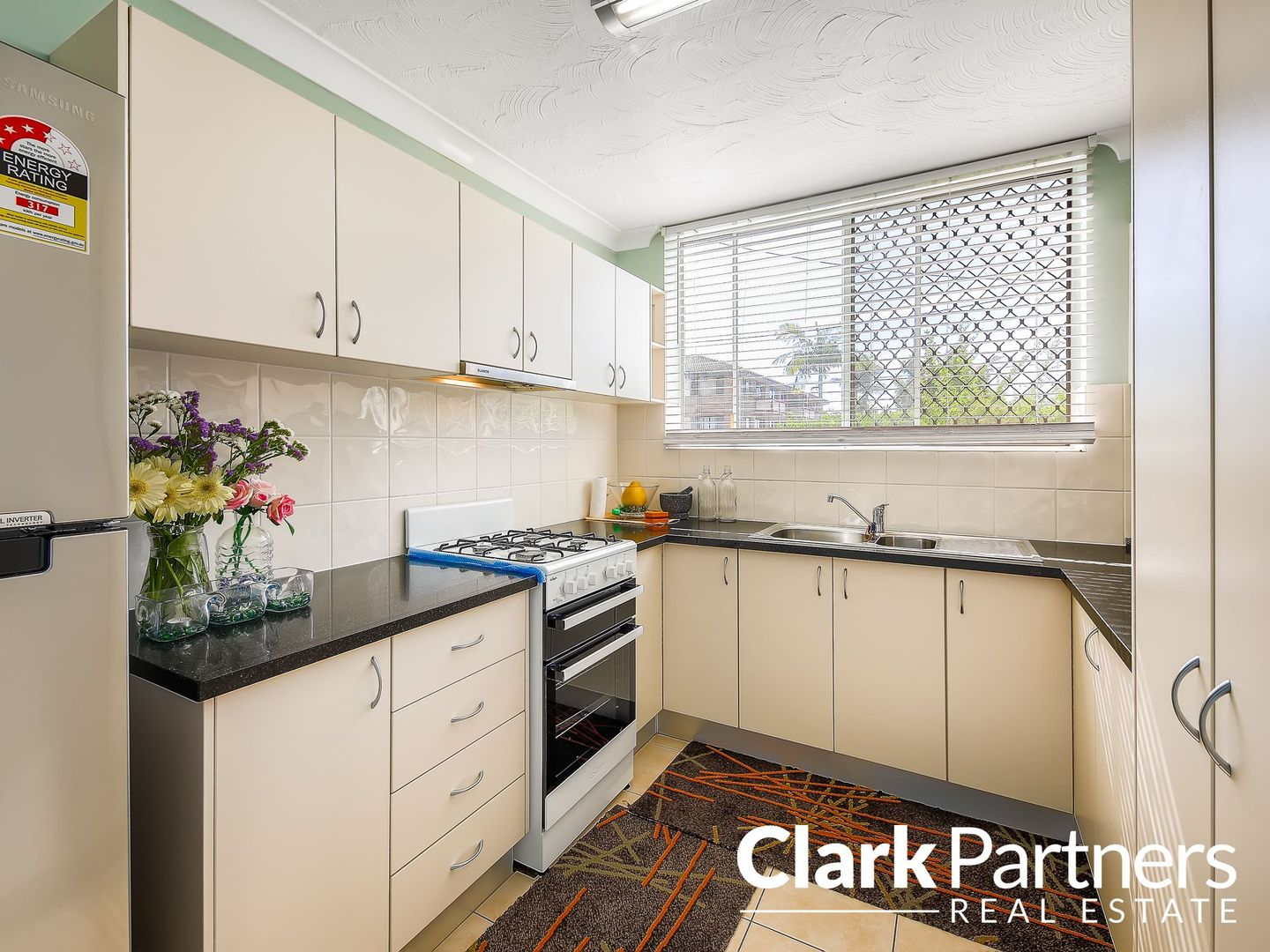 1/30 View Street, Chermside QLD 4032, Image 2