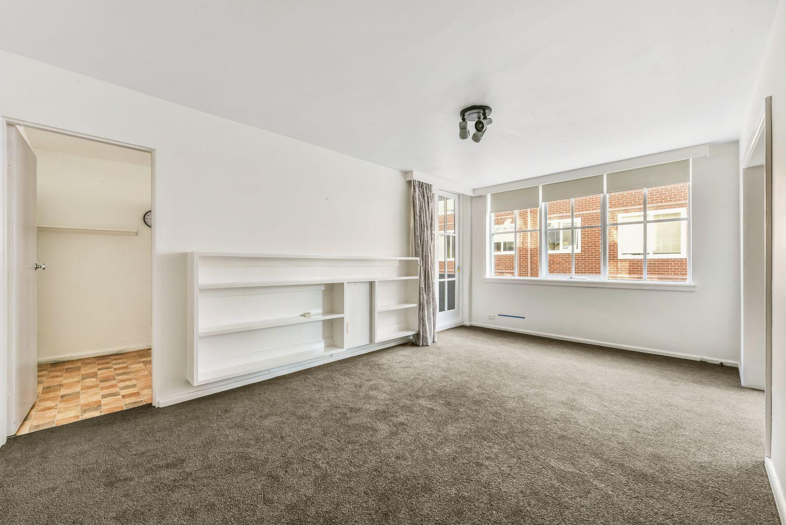 2/21 Powlett Street, East Melbourne VIC 3002, Image 1