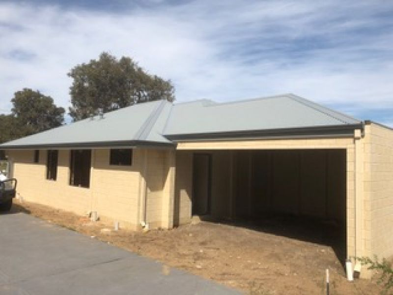 1/10 Laura Avenue, Australind WA 6233, Image 0