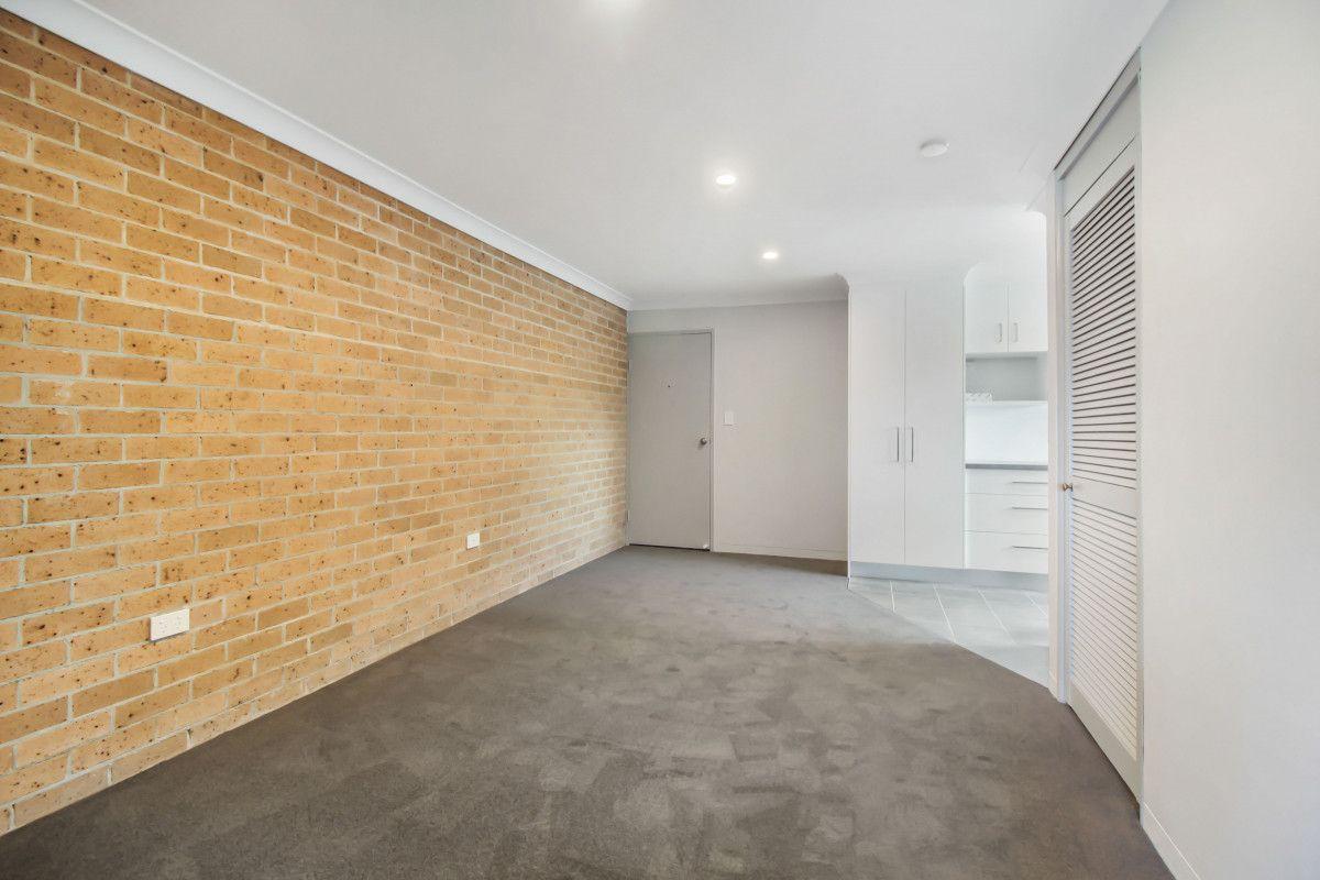 7/30 The Avenue, Corrimal NSW 2518, Image 2