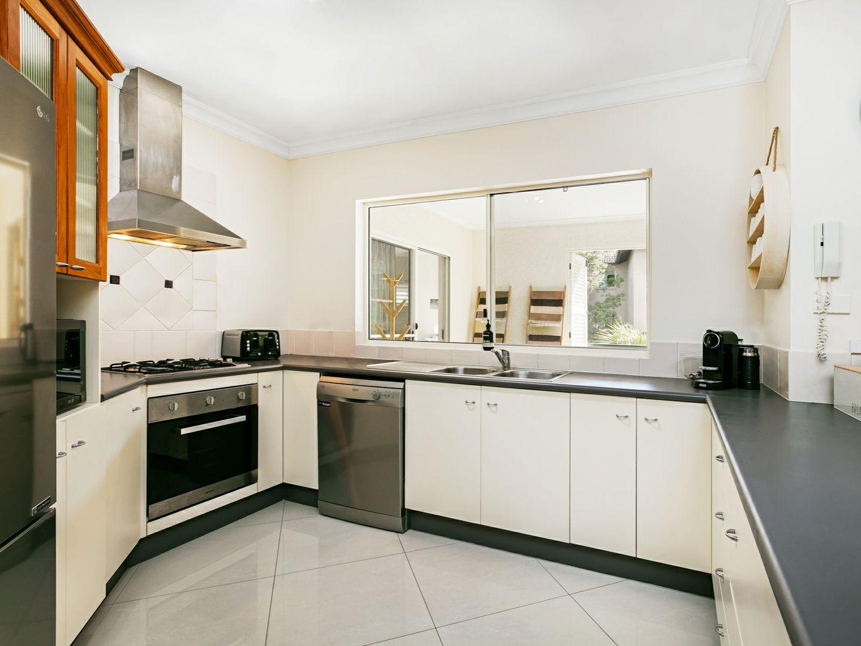 518/2 Greenslopes Street, Cairns North QLD 4870, Image 1