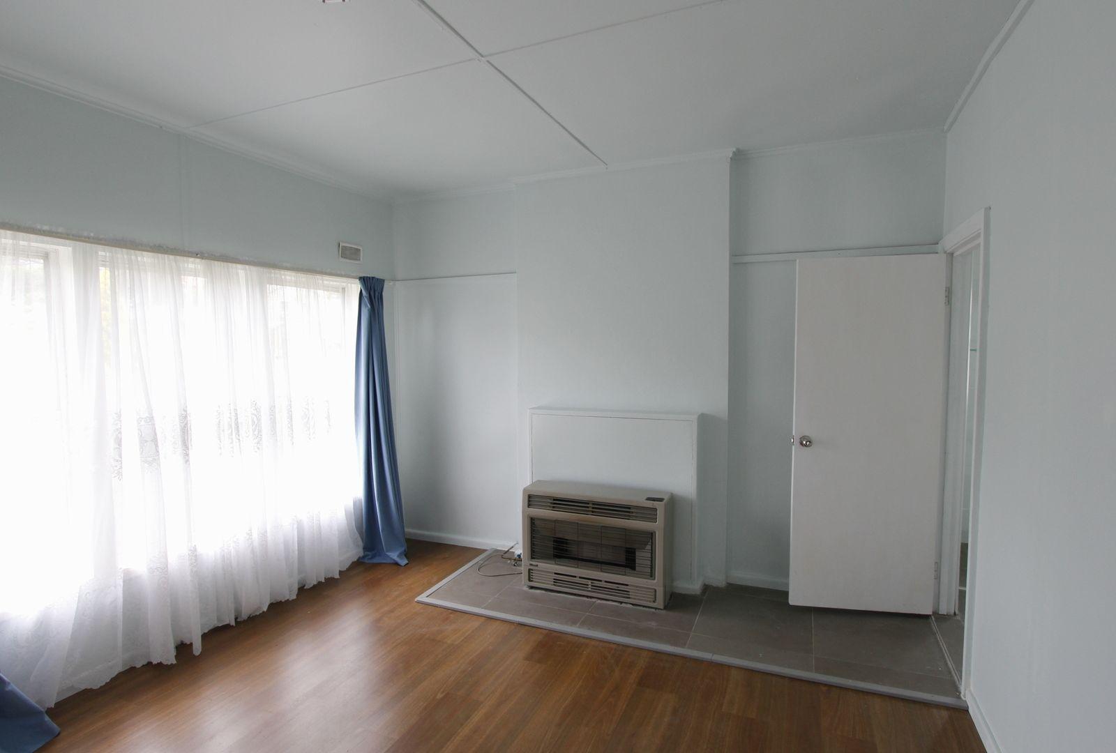 29 Oxley Street, Wallerawang NSW 2845, Image 2
