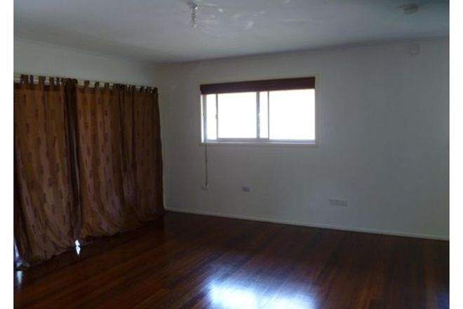 Picture of Wellington St, ORMISTON QLD 4160