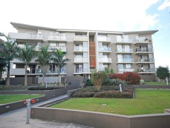 1304/12 Executive Drive, Burleigh Waters QLD 4220, Image 2
