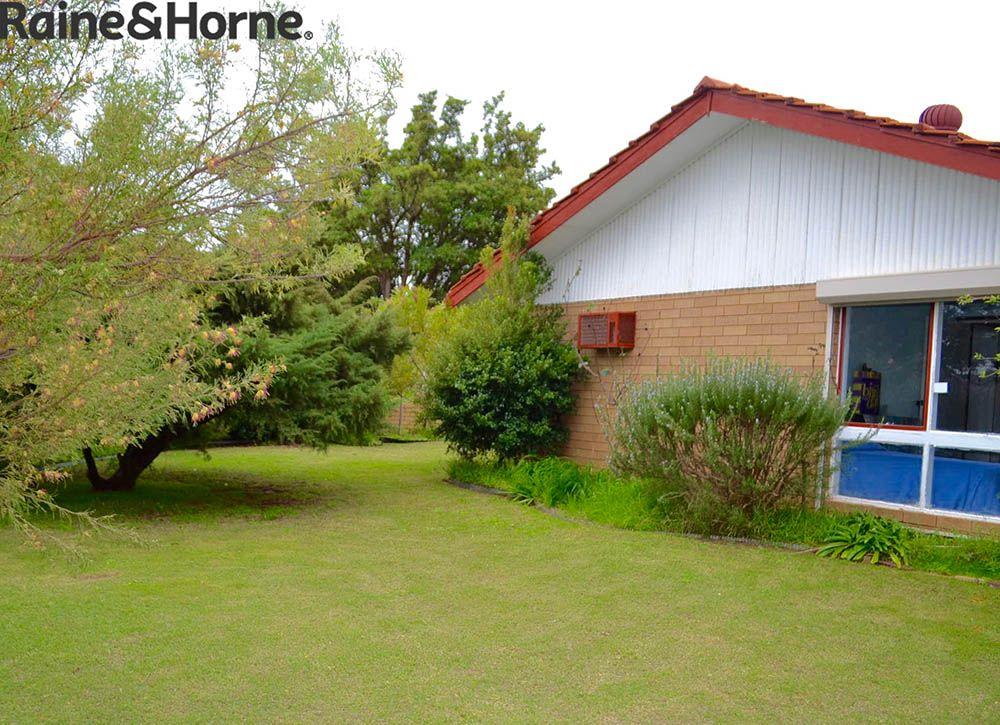 30 banksia road camillo wa 6111 house for sale domain for Camillo homes