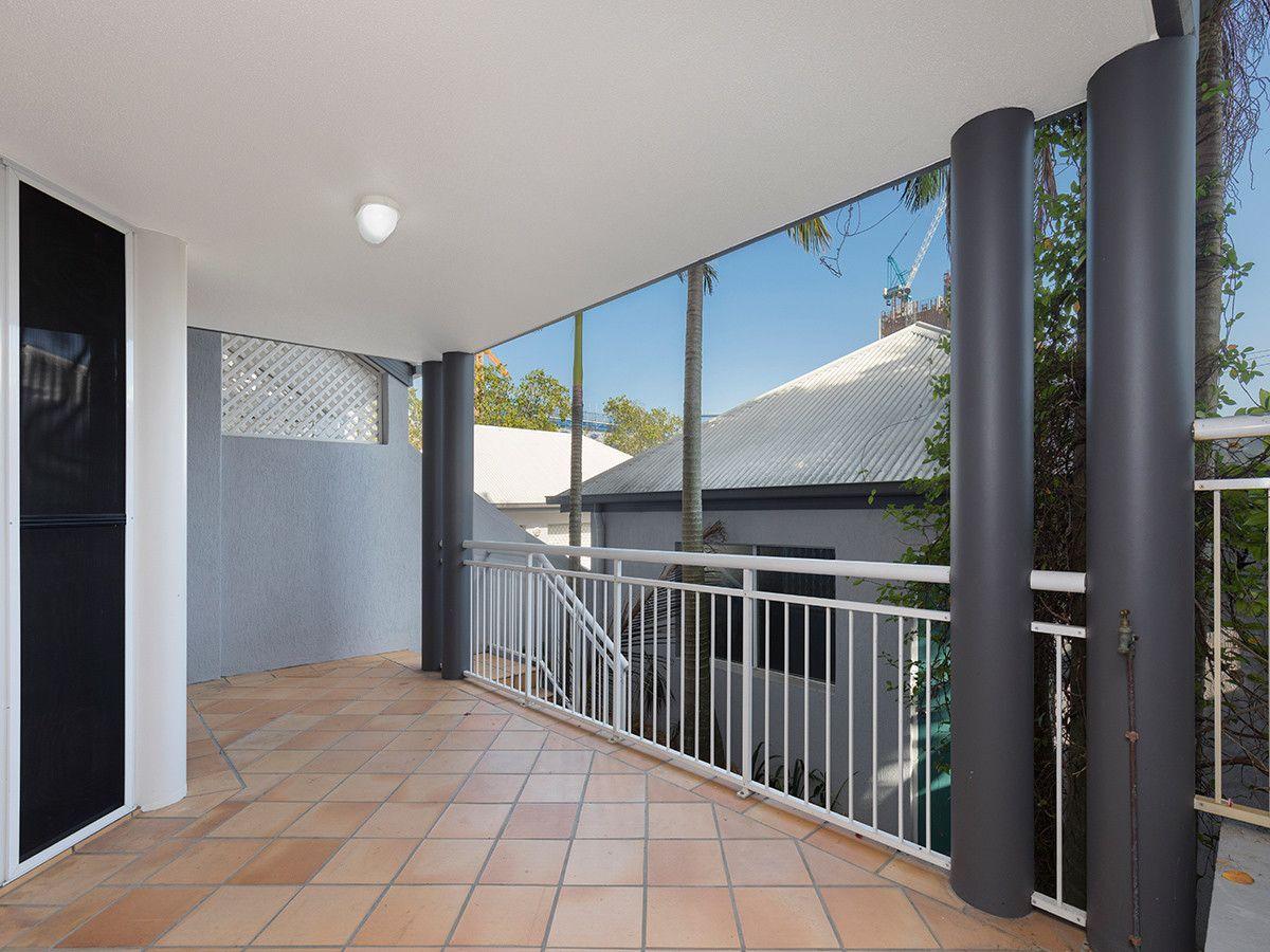 3/1 Ascog Terrace, Toowong QLD 4066, Image 2