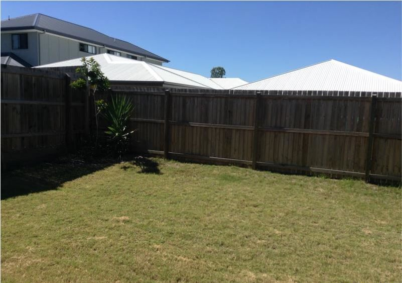 19 Lillypilly Drive, Ripley QLD 4306, Image 4